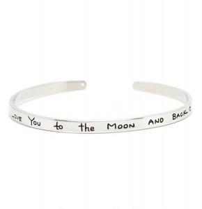 'Love you to the moon and back' armand zilver Beautiful Bijioux